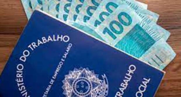 Notícia – 30 milhões de brasileiros vivem com um salário mínimo